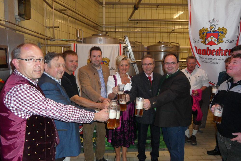 Erfolgreiche Bierprobe der FFW Kalsing