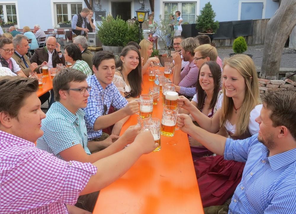 Bierporbe zur Haselbacher Kirwa beim Kirchawirt 2.-4. Juli 2016