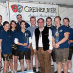 Herr Georg Hauser, Sohn Sebastian Hauser und Judith Greiner gratulierten und wünschten einen gelungenen Auftakt ins Vereinsleben.