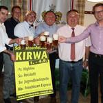 Auf dem Bild sind Gemeinderat Hubert Piehler, 1. Bm. Manfred Rodde, Gerhard Böckl, Sepp und Bastian Ebnet/Festwirte und Peter Neidl bie der Probe des Festbiers zu sehen.