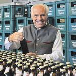 20000 Flaschen pro Stunde verlassen die Füllerei.