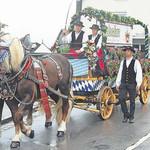 Regnerischer Auftakt für das Teublitzer Volksfest