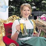 Sarah Jäger (31) aus Schwandorf holt die Krone der Bayerischen Bierkönigin erstmals in die Oberpfalz. Sie überzeugte während des Wahlabends mit Spontanität, Charme und profundem Wissen über die bayerische Bierkultur und das Bayerische Bier.